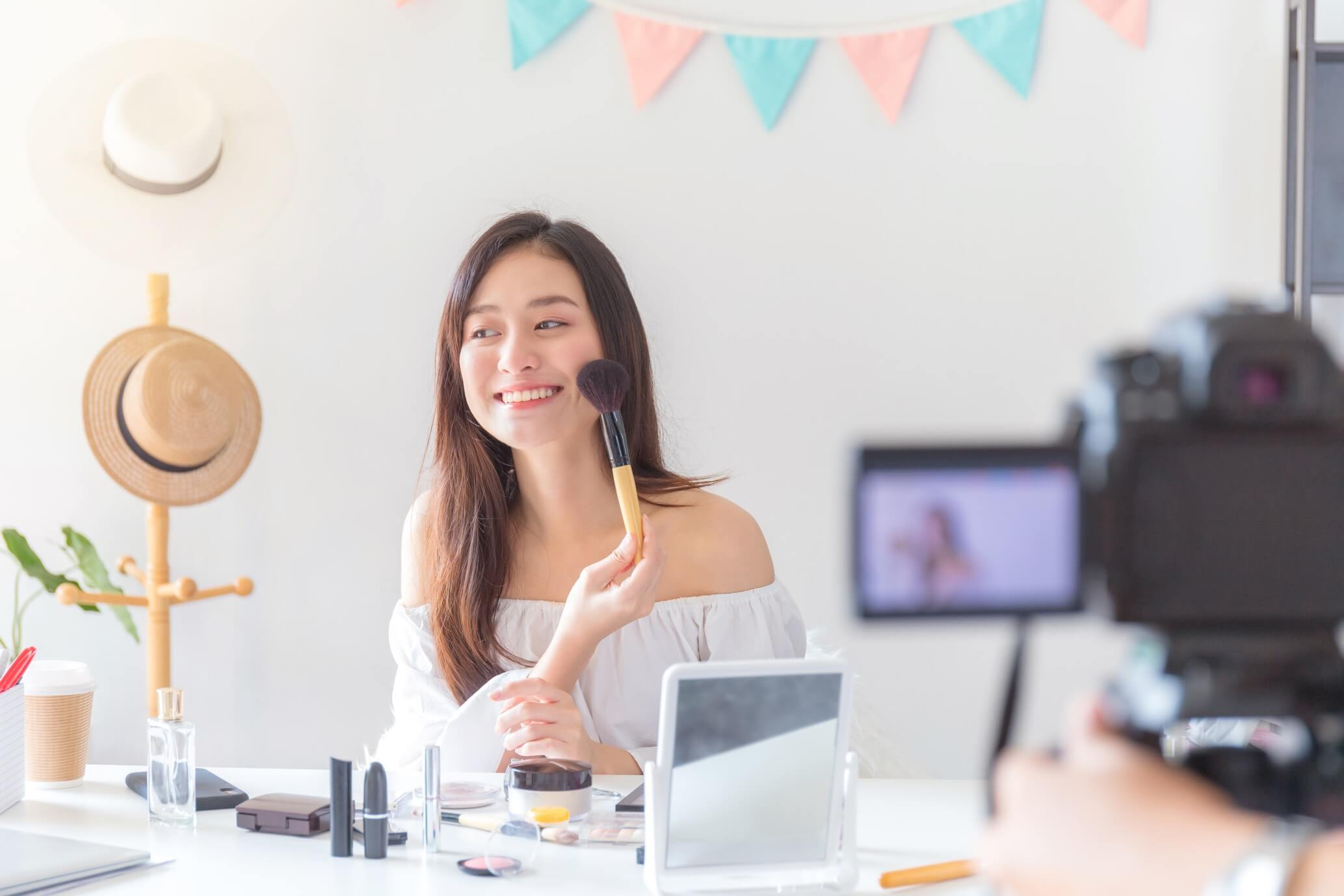 How to Become an Influencer in 2021? The ultimate guide