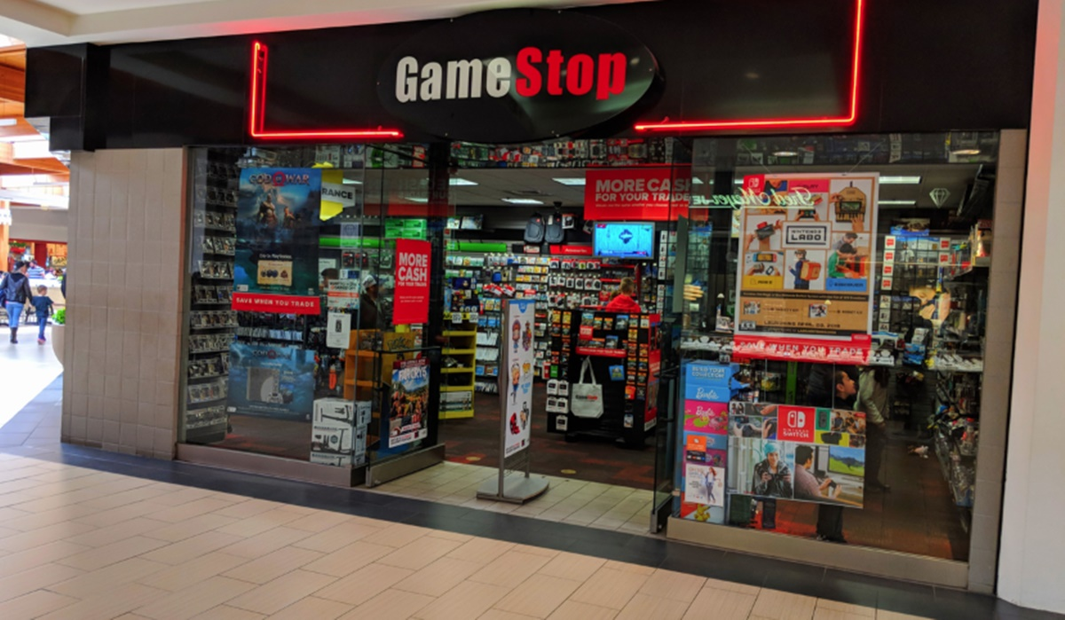 GameStop retail gaming store