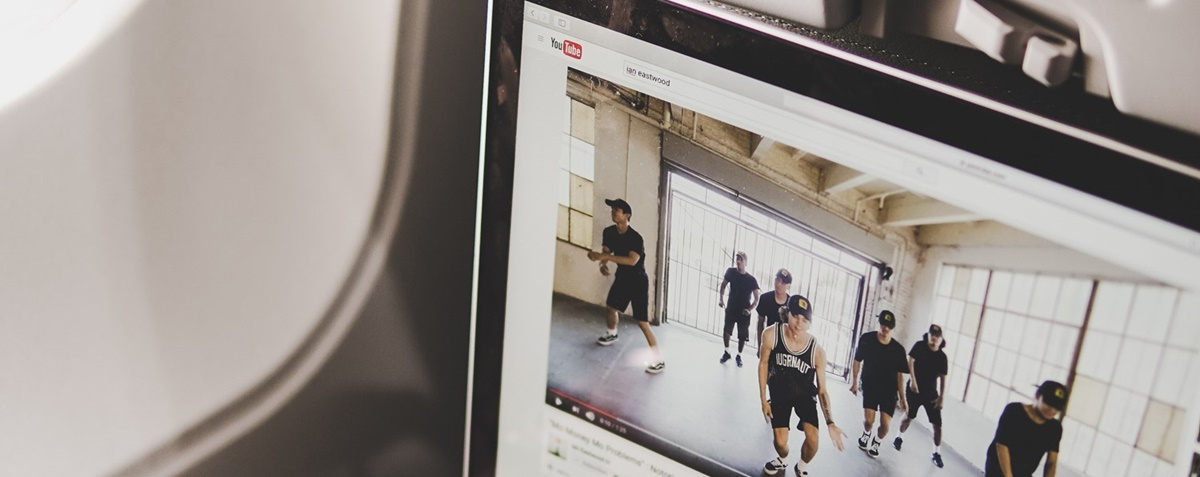 How To Edit Youtube Videos? Ultimate Guide for Beginners (On Desktop and Mobile)