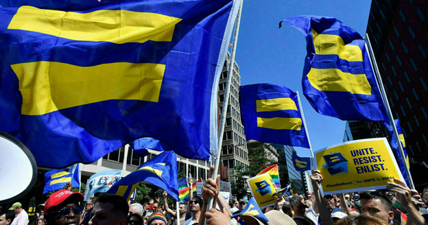 The campaign's participants filled the streets with their flags and determination
